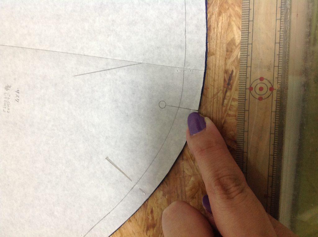 型紙のに付ける印をノッチと言います