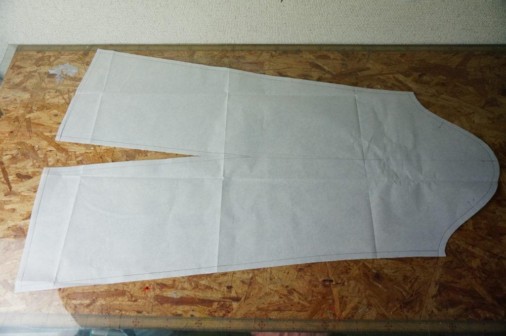 スンスンの袖の型紙は大きくて長いですキャラに近づける為の工夫です